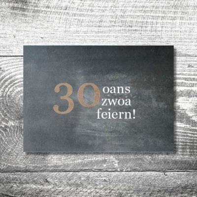 kartlerei karten drucken bayern geburtstagseinladungskarten bayrisch heimatgefuehl oans zwoa feiern 400x400 - Oans Zwoa Feiern | 2-Seitig | ab 0,70 €