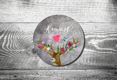 kartlerei bierdeckel drucken bayern bayrisch einladungskarten flower power hirsch 400x275 - Einladungskarten Geburtstag Text