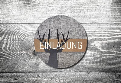 kartlerei bierdeckel drucken bayern bayrisch einladungskarten grauer hirsch 400x275 - Geburtstagseinladung auf Bayrisch