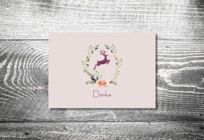 kartlerei karten drucken hochzeitseinladung heiraten bayrisch trachtenhochzeit hirschkranz lila8 400x275 - Dankeskarte mit Fotostreifen