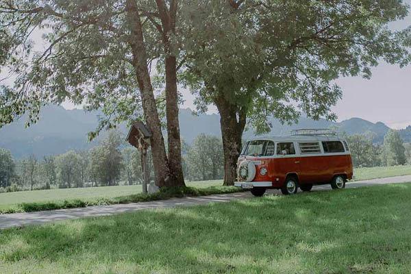 kartlerei foto rosi retrobus kollektion bayrische einladungskarten busliebe - Foto Rosi