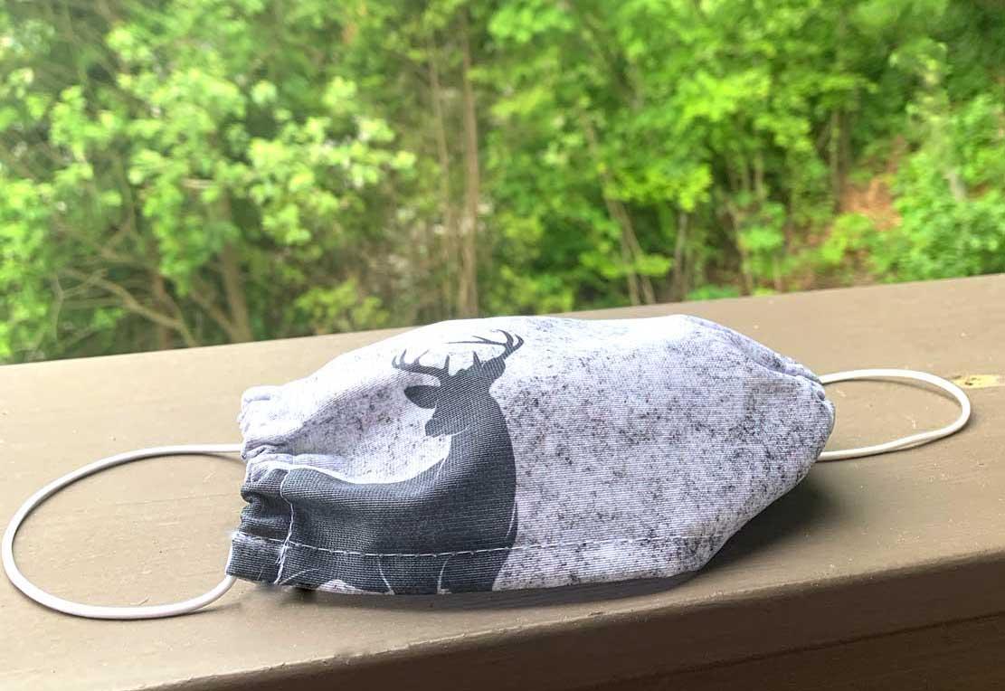 kartlerei bayrische masken filzhirsch in den bergen web - Bayrische Mund-Nasen-Masken