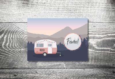 kartlerei bayrische einladungskarten geburtstag wohnwagen camping 400x275 - Feierei in Zeiten von Corona . . .