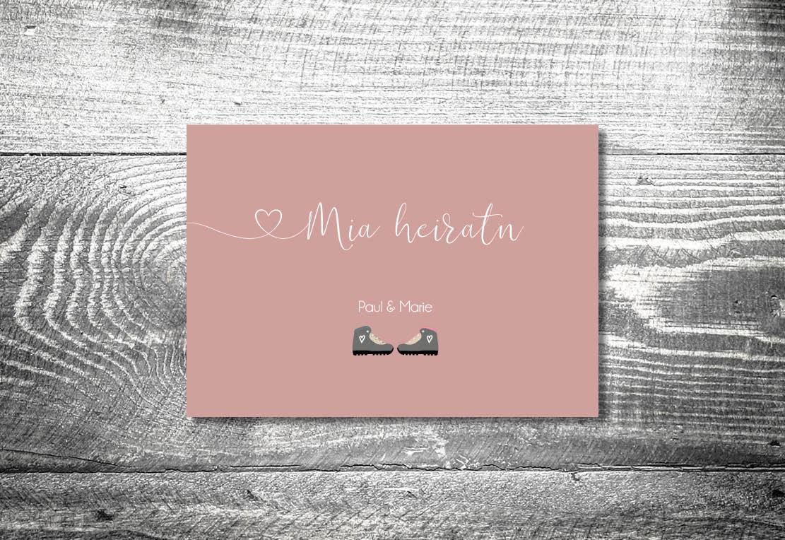 Karten auf Holz Hochzeit berge bergliebe bergschuhe - Hochzeitskarten Set