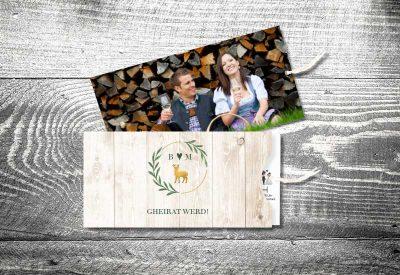 kartlerei einsteckkarten bayrische hochzeitseinladung goldhirsch 400x275 - Trachtenhochzeit